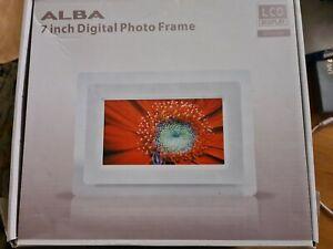 Alba 7 Inch Digital Photo Frame