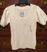 Old Navy Ivory Short Sleeve Cable Sweater Medium