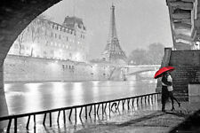 Paris - Eiffel Tower Kiss Poster Print, 36x24