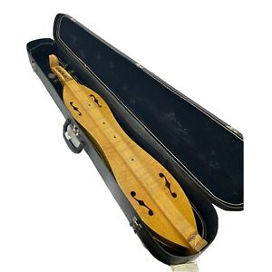 Appalachian Mountain Dulcimer Signed by Warren May Comes w/ A Signature & Case