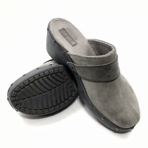 ✅💟✅@ Crocs Cobbler Womens Gray Suede Leather Studded Clog Mules Slip On Shoes 8