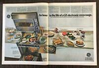ORIGINAL 1968 GE Electronic Oven Range 2-Page PRINT AD 26 Different Foods