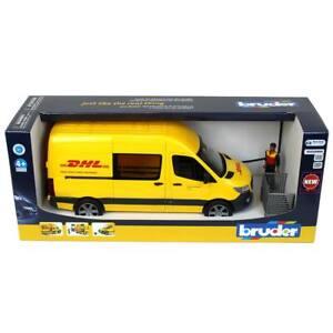 1/16 Bruder Mercedes-Benz Sprinter DHL Van with Driver 6271