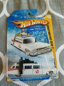 2010 Hot Wheels Snowflakes GHOSTBUSTERS ECTO-1 White 25/240 EXCELLENT CARD