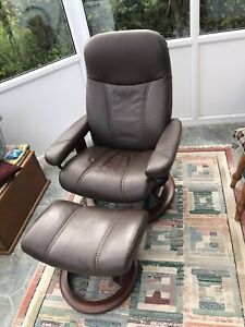 Leather Ekornes Stressless Chair With Footstool Excellent Condition