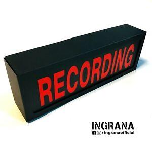 Insegna luminosa RECORDING a batterie in cartotecnica, luce recording, light box