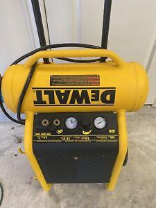 DEWALT D55146 1.6HP 225PSI 4.5 Gallon Oil Free Wheeled Electric Air Compressor -