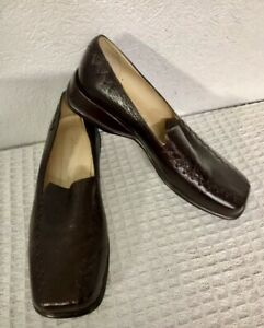 Donna Velenta leather Shoes. Mint condition Beautiful Shoes Size 38