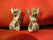 ancienne paire de boucles d'oreille fantaisie old crest decor noeud strass clip