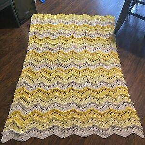 Handmade Raised Ruffle Chevron Yellow White Crochet Knit Afghan Blanket Throw