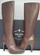 Prada bottes marron hautes classique (taille uk 6.5, eu 39.5 us 9.5)