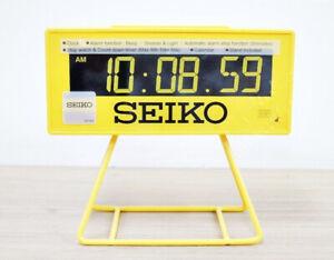 Seiko Countdown Style LCD digital Alarm Clock QHL062Y beep snooze stopwatch NEW