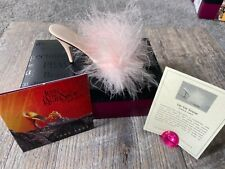 Just the Right Shoe by Raine Va-Va Voom With box & Certificate
