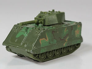 """Vintage Hot Wheels Battle Action Command Armored Tank 2.25"""" Scale Model"""