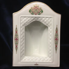 ROYAL TARA CELTIC SPIRIT IRELAND BONE CHINA PICTURE FRAME PINK & GREEN SYMBOL