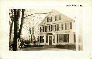 NEW HAMPSHIRE PHOTOGRAPH: SCENE OF POST OFFICE IN JAFFREY, NH