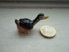 DUCK - NICE DETAIL MINIATURE POTTERY DUCK - BLACK AND PINK DUCK - STANDING DUCK