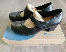 Unstructured by Clarks Women's Rosalyn Wren Black Leather Pump 7 M New with Box!