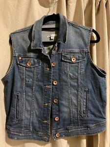 Target Denim Vest Jacket Sleeveless Size 12 As New