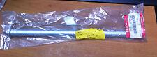 GENUINE SUZUKI  GSX600F  GSX750F  REAR WHEEL SPINDLE   64711-08f00  NOS