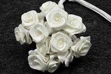 72 petites roses blanche. Décoration de mariage