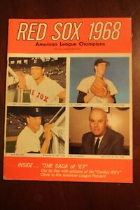 VINTAGE 1968 BOSTON RED SOX OFFICIAL YEARBOOK