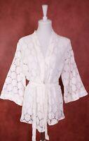 T51-19 H&M Divided Kimono-Jacke weiße Spitze Gr. S Baumwollmix Bindegürtel