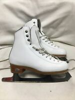 Girls Junior Size 2 Riedell Stride Figure Ice Skates. White