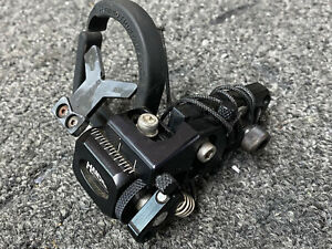 Nice Used Hamskea Hybrid Hunter Pro Black Rest RIGHT HANDED
