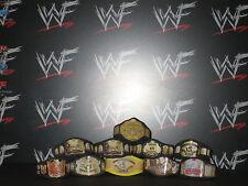 10 X CUSTOM WWF WWE titolo cinghie per HASBRO MATTEL WRESTLING FIGURE DELLA WCW ECW NXT