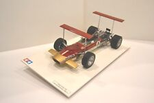 Tamiya 1/12. Lotus 49B 1968 Formule 1 nº 1. Réf. 1204. Modèle monté sur socle.