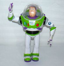 TOY STORY TALKING BUZZ LIGHTYEAR KARATE ACTION ARM