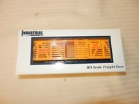 HO Scale Industrial Rail Plastic Yellow Union Pacific Stock Cattle Car #47336