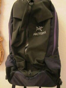 """ARCTERYX ARRO 22 BACKPACK Black Sapphire  """"SEHR VIELSEITIG + PRAKTISCH""""  210 €"""