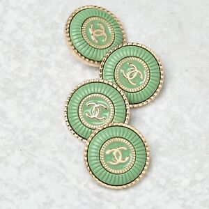 Chanel Buttons CC 💚  Green 22 mm Vintage Style Unstamped 4 Buttons AUTH!!