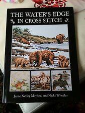 Water's Edge in cross stitch Book Veuillez voir les photos et la description