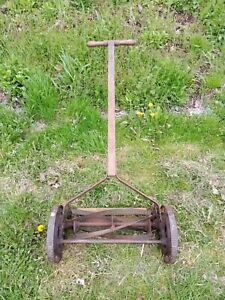 ANTIQUE 1920 30'S MID WEST THE ECLIPSE LAWN MOWER Co. PUSH REEL MOWER IRON