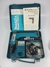 Makita 9.6v Cordless Drywall Screwdriver W2 Batteries & Fast Charger Tested/work