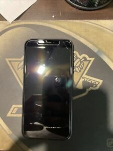 iphone xr unlocked 128gb black With Life Proof Case