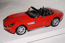 BMW Z8 rot 1:24 Maisto neu & OVP 531996
