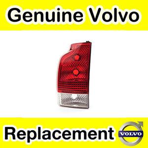 Genuine Volvo XC70 (05-08) Lower Rear Light Unit (RHD/Left)