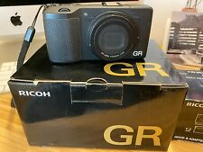 RICOH GR - USED CONDITION - PERFECTLY WORKING + 21mm CONVERSION LENS AND SUNHOOD