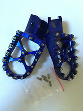 PEDANE MAGGIORATE IN ERGAL HONDA CR 125 250 CRF 250 450  FOOT PEGS FOOTPEGS BLU