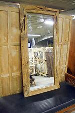 Rechteckige Deko-Spiegel im Vintage -/Retro-Stil aus Holz fürs Arbeitszimmer