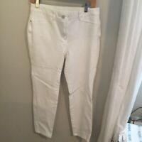 CHICOS So Slimming White Pants Stretch Elastic Waist Size 1
