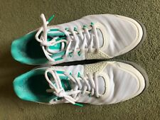 womens tennis shoes size 8