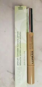 Brand New Boxed Clinique Airbrush Concealer illuminates, Perfects Full Size 09