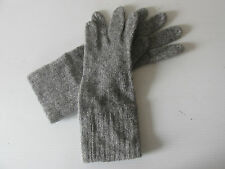 WOMAN'S DARK GRAY WOOL BLEND LIGHTWEIGHT FALL GLOVES  - MADE IN THE USA