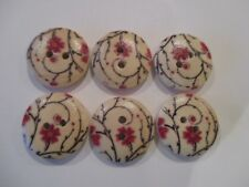 6 x 18mm Wooden BUTTONS Red  Flowers Sewing or Scrapbooking No1044
