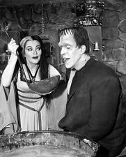 8x10 (2) Prints Fred Gwynne Yvonne De Carlo The Munsters 1964 #MUNS
